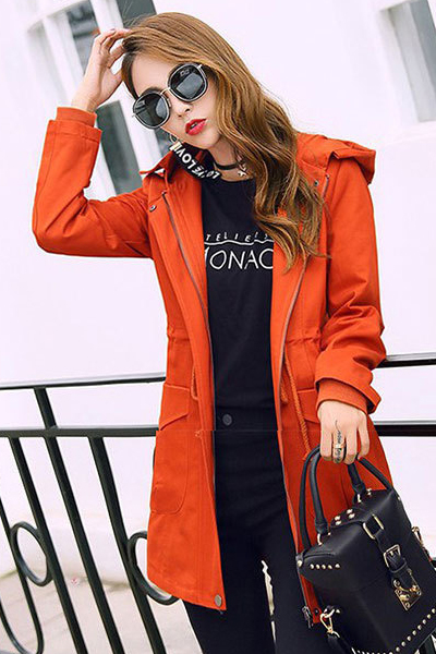 เสื้อกันหนาว พร้อมส่ง สีส้มอิฐ ตัวยาวคลุมสะโพก แบบซิบรูดเก๋ แต่งฮูทสุดเท่ห์ เสื้อตัวนี้หน้าหนาวปีนี้พลาดไม่ได้เลยค่ะ