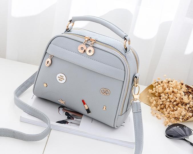 กระเป๋าถือ Maple (สี Light gray)