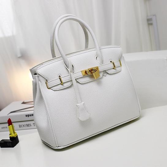กระเป๋าสะพายข้างผู้หญิง PU Nature (สี White pearl)