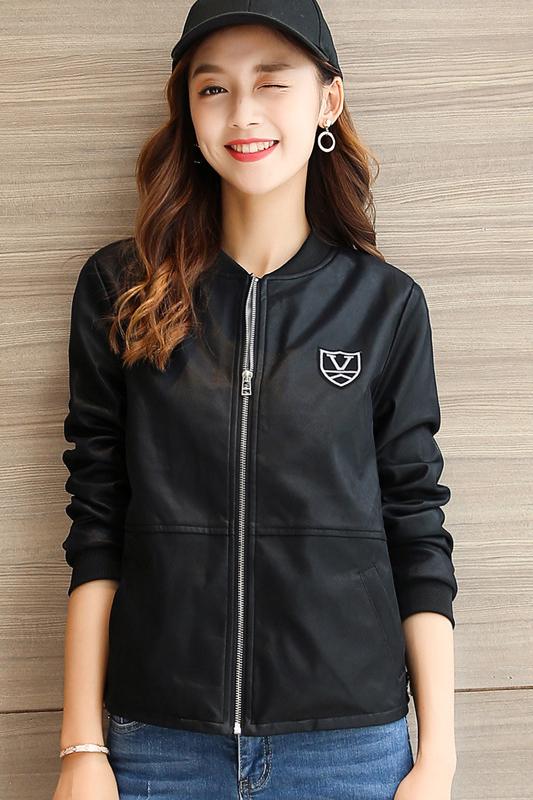 เสื้อแจ็คเก็ต เสื้อหนังแฟชั่น พร้อมส่ง สีดำ คอจีน หนัง PU เย็บทับด้วยผ้ามุ้งด้านนอกเก๋ งานเหมือนแบบ 100 % ค่ะ