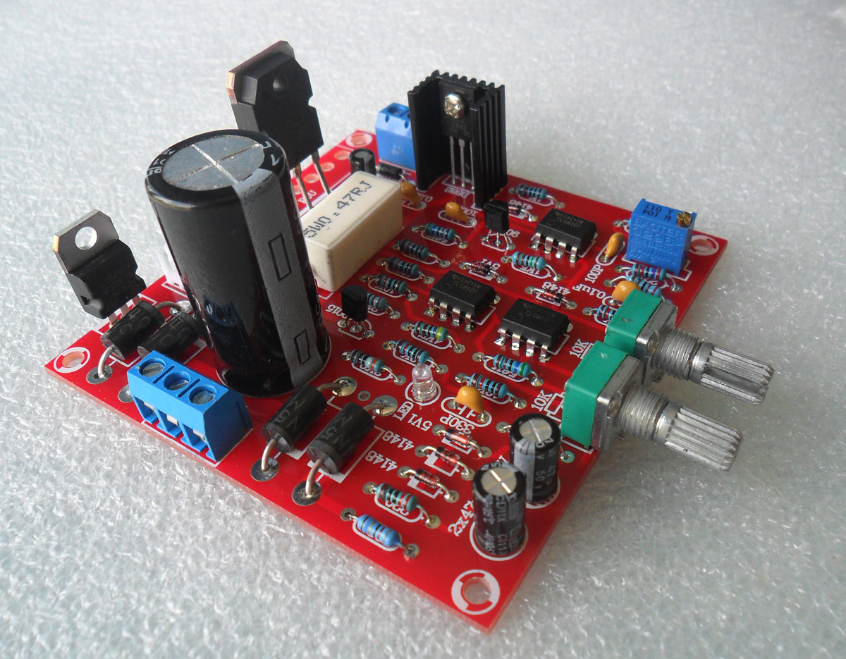 ชุดคิทวงจร Regulator 0-30V 2mA-3A