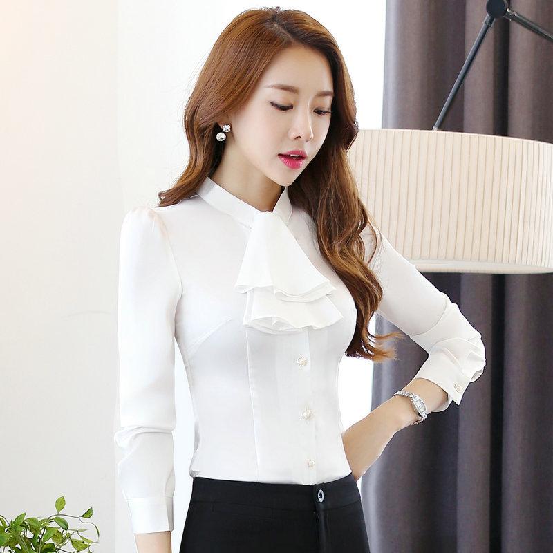 เสื้อเชิ้ตทำงาน เสื้อแฟชั่น สีขาว คอจีนแต่งระบายช่วงคอเสื้อน่ารัก แขนยาว เนื้อผ้ามันเงา ลื่นๆใส่สบาย