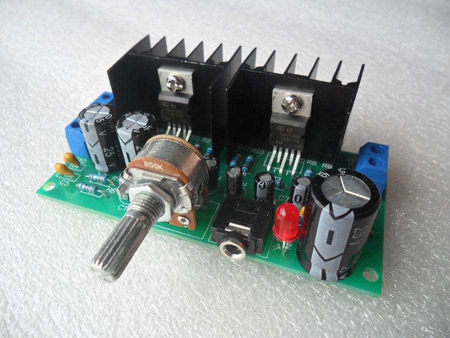 ชุดคิทวงจรขยายเสียง 10+10 W TDA2030A