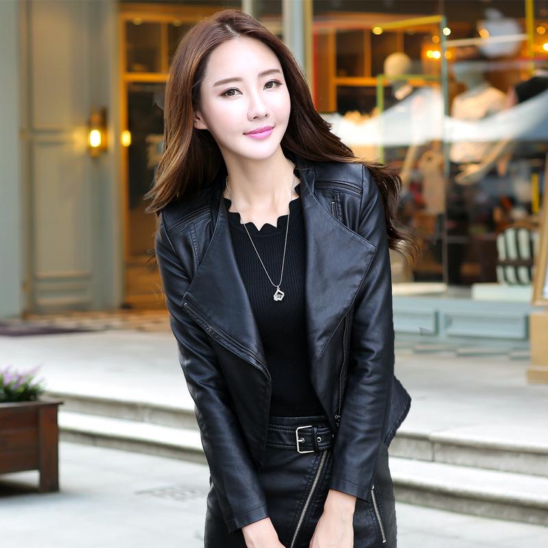 เสื้อแจ็คเก็ต เสื้อหนังแฟชั่น พร้อมส่ง สีดำ คอปกเก๋ หนังนิ่ม ใส่สบาย แต่งซิบตรงหัวไหล่เก๋ค่ะ