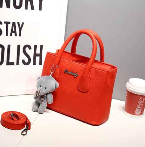 กระเป๋าสะพายข้างผู้หญิง Girl Tools Red Ornage แถมหมี