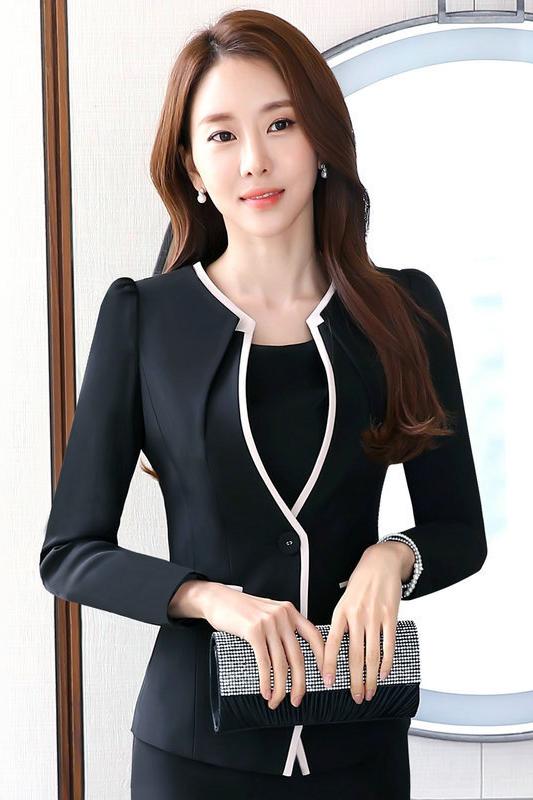 เสื้อสูทแฟชั่น เสื้อสูททำงาน เสื้อสูทสำหรับผู้หญิง พร้อมส่ง สีดำ คอวี แต่งขลิบสีครีม แขนยาว สินค้าจริง งานสวยเหมือนแบบเลยค่ะ