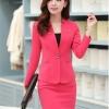 เสื้อสูทสีชมพู แขนยาว แต่งเว้าช่วงคอ คอวีลึกติดกระดุมเม็ดเดียว กระโปรงสั้น สีชมพู ทรง A ค่ะ
