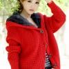 เสื้อกันหนาวไหมพรม พร้อมส่ง สีแดง ลายไหมพรมถัก มีฮูท ด้านในเป็นขนสัตว์สังเคราะห์ เนื้อนิ่ม น่ารักๆ