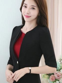 เสื้อสูทแฟชั่น เสื้อสูททำงาน เสื้อสูทสำหรับผู้หญิง พร้อมส่ง สีดำ คอวี แต่งขลิบเสื้อ ผ้าโพลีเอสเตอร์ 100 % เนื้อดี งานตัดเย็บเนี๊ยบ ใส่สบาย