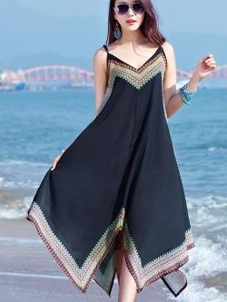 MAXI DRESS ชุดเดรสยาว พร้อมส่ง สีดำ สายเดี่ยว แต่งลวดลายกราฟิกเก๋ กระโปรงยาวบานพริ้วๆ
