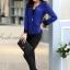 เสื้อสูทสีน้ำเงินแต่งขริบสีดำข้างเดียวเก๋ ดีเทลแขนพับสุดเท่ห์ คอวีลึกติดกระดุมเม็ดเดียว กางเกงขายาว สีดำทรงสวยค่ะ thumbnail 3