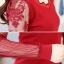 เสื้อยืดแฟชั่น เสื้อแฟชั่น สีแดง คอเสื้อเก๋ แต่งแขนเสื้อด้วยผ้ามุ้ง ติดกระดุมเม็ดคู่เก๋ เนื้อผ้า Cotton ยืดหยุ่น ใส่สบาย thumbnail 6