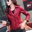 เสื้อแจ็คเก็ต เสื้อหนังแฟชั่น พร้อมส่ง สีแดง หนัง PU คุณภาพงานพรีเมี่ยม คอปกโฉบเฉี่ยว หนังนิ่ม ใส่สบาย thumbnail 4