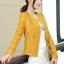 เสื้อแจ็คเก็ตหนัง เสื้อหนังแฟชั่น พร้อมส่ง สีเหลือง ตัวสั้น หนังPU งานสวยเหมือนแบบแน่นอนค่ะ เข้ารูป แต่งลวดลายช่วงเอวเก๋ๆ thumbnail 2