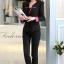 เสื้อสูทสีดำแต่งขริบสีชมพูข้างเดียวเก๋ ดีเทลแขนพับสุดเท่ห์ คอวีลึกติดกระดุมเม็ดเดียว กางเกงขายาว สีดำทรงสวยค่ะ thumbnail 3