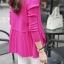 เสื้อคลุมแฟชั่น พร้อมส่ง สีชมพูบานเย็น แขนยาว แต่งด้วยปกโฉบเฉี่ยวยอดนิยม thumbnail 3